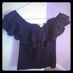 Short sleeve/off the shoulder ruffle top